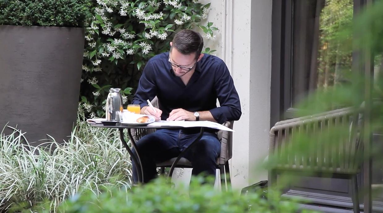 Christophe Lainé designer joaillierie, crayonné, photo hôtel le relais de la reine, place des Voges